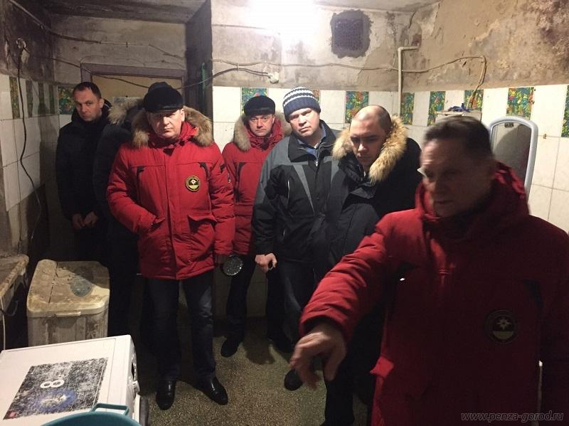 ВПензе место обрушения вдоме №10 наулице Кулибина заложили пеноблоком