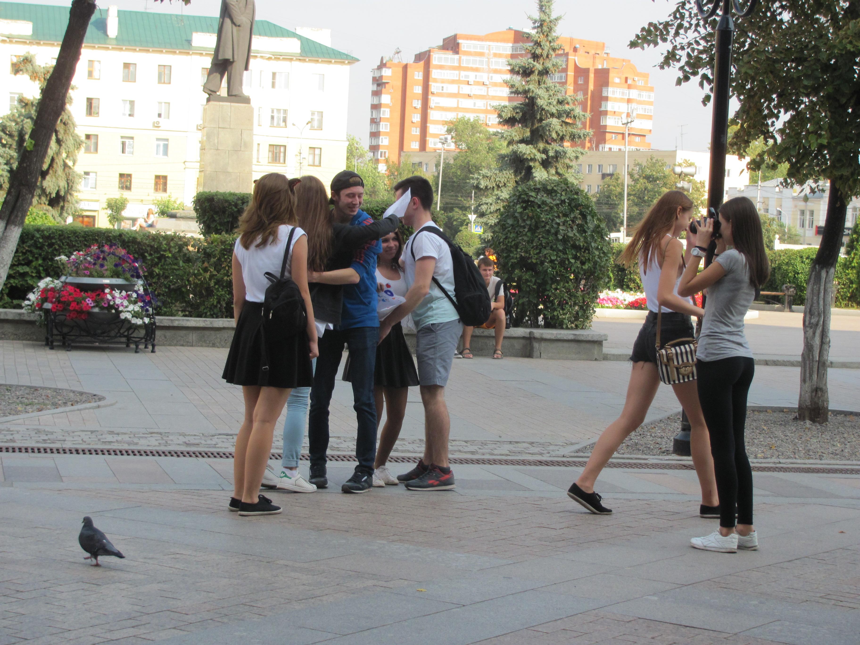 Копро фото - какающие девушки и женщины в порно