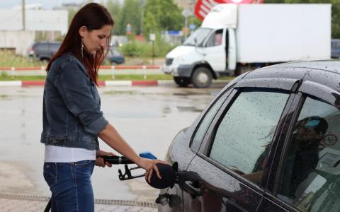 Новости России: На заправках выявили массовый недолив топлива