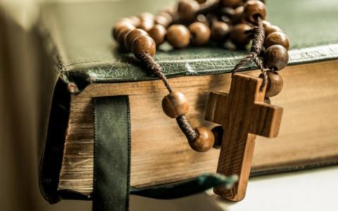 Новости России: РПЦ создала методичку для священников-видеоблогеров