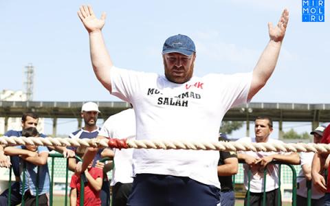 Дагестанский тренер по перетягиванию каната умер на соревнованиях в Пензе