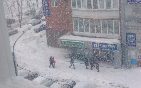 Пензу накрыл сильный снегопад