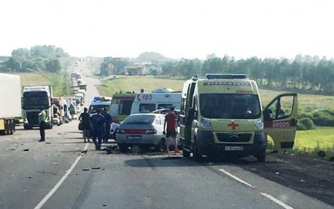 Видео: под Пензой произошло страшное ДТП с участием 5 машин