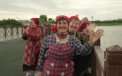 «Бурановские бабушки» пожелали Спутнику процветания