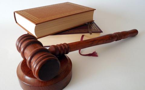 Юристы которые помогут ! Все от консультации  до предоставления интересов в суде .