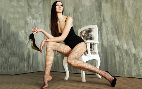 Любое платье будет «мини»: пензячка с самыми длинными ногами попала на «Ты не поверишь»