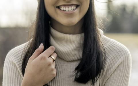 Почему керамическая реставрация зубов лучше привычных методов?