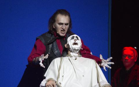 """Зонг-опера «TODD"""" удивила пензенцев современными технологиями"""