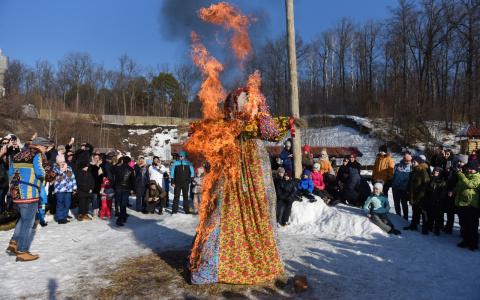«В Пензе сожгли всех баб»: как отпраздновали Широкую Масленицу