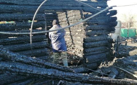 Появились фото и видео с места смертельного пожара в Пензенской области
