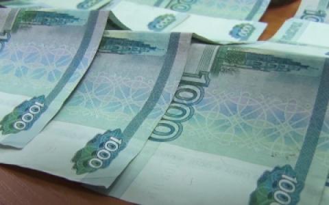 Сотни тысяч накоплений: в Пензе испуганные пенсионеры переводят деньги со своих карт