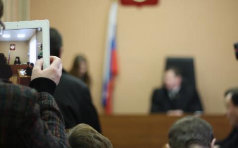 Двое пензенских подростков обокрали квартиру друга и попали под суд
