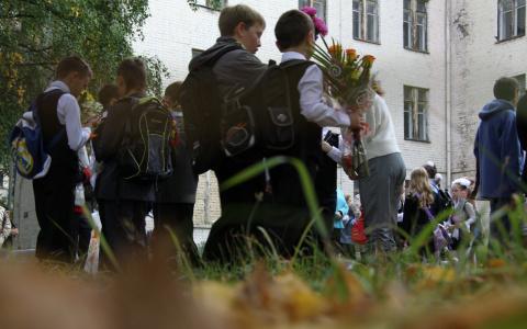 Ученики, плачьте: для школьников придумали новые запреты