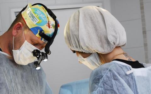 Ради чего женщины решаются на пластическую операцию - рассказал пензенский хирург