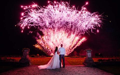 Как сделать масштабное и эффектное пиротехническое шоу на свадьбе в Пензе, чтобы все вокруг обзавидовались