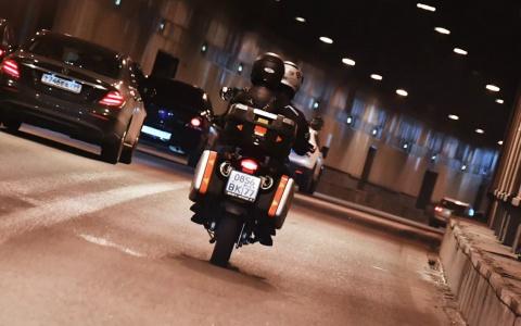 Мотоциклисты, плачьте: за какие маневры в Госдуме предложили штрафовать и лишать прав