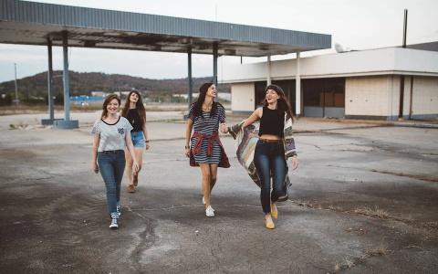 Подросткам от 16 до 18 лет дадут выплату в 10 тысяч: кому повезло