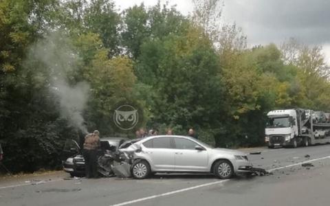 На трассе в Пензенской области раскурочило две иномарки