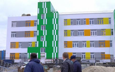 Детскую поликлинику и седьмой садик в Спутнике планируют сдать до конца 2020 года