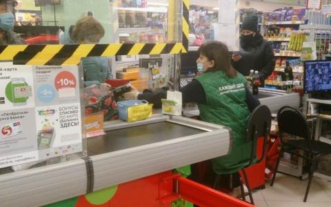 """""""Медики, полиция и СМИ"""":  в магазинах Пензы проходят массовые проверки"""