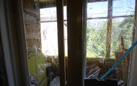 Пензенцы в шоке от соседей, которые выходят из окна по простыням