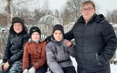 """Интервью с мамой троих сыновей: """"Ребенок не должен видеть скандалов"""""""