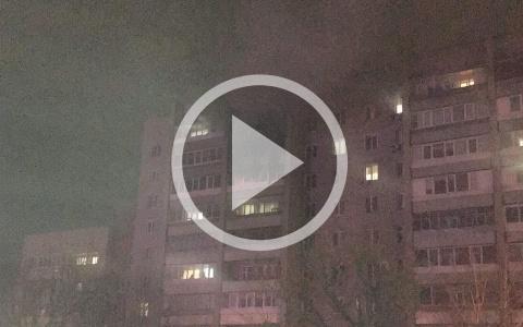 В Пензенской области в многоквартирном доме произошёл пожар. Видео