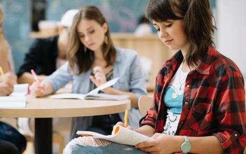 Экзамены отменят! Власти озвучили изменения в ОГЭ и ЕГЭ на 2021 год
