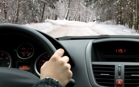 Водители, ликуйте: в 2021 году разрешат ездить без прав