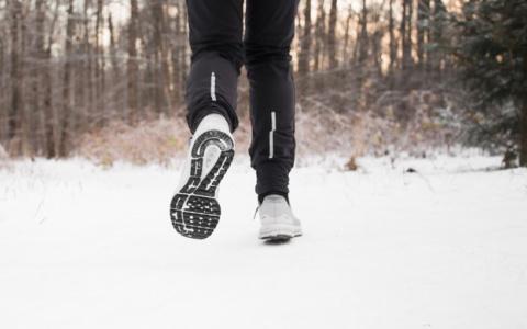 «Бесстрашная»: в Пензенской области женщина-марафонец в одиночку разогнала группу вандалов