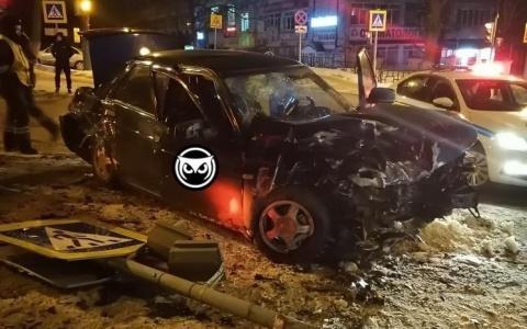 В жестком ДТП на Лермонтова в Пензе пострадали три человека