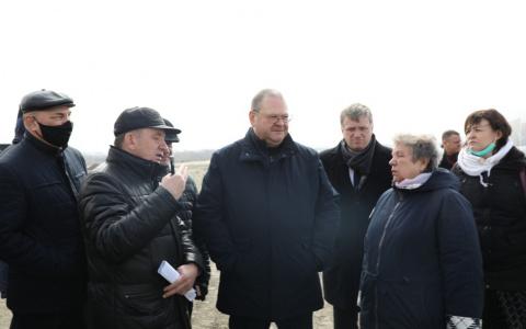 Мельниченко раскритиковал строительство Бакунинского моста