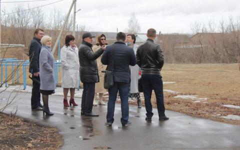 Строить не начинали: в Пензенской области не могут заложить фундамент школы