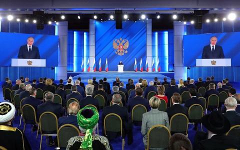 В основу предвыборной программы ЕР ляжет обращение Путина к Федеральному собранию