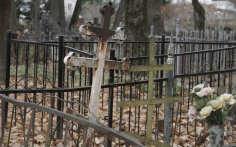 «Сдают на чермет»: пензенцы пожаловались на кражу с кладбищ