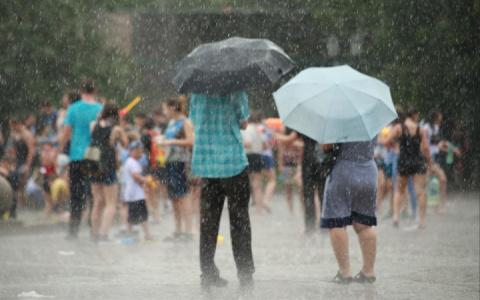«Жара спадёт, пойдут дожди»: синоптики удивили прогнозом погоды в регионе