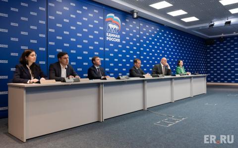 Путин отметил большое число новых кандидатов в Госдуму от Единой России