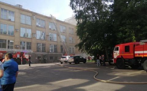 Соцсети: в Пензе на улице Гоголя задымился завод