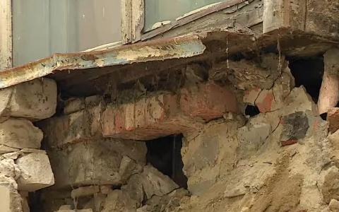 Пензенская прокуратура начала проверку из-за обрушения стены на улице Тамбовской