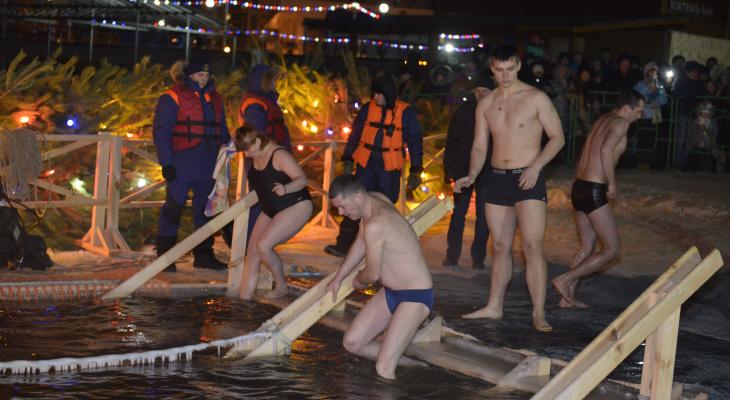 Акваланги и спасатели на Крещение в Спутнике остались не у дел
