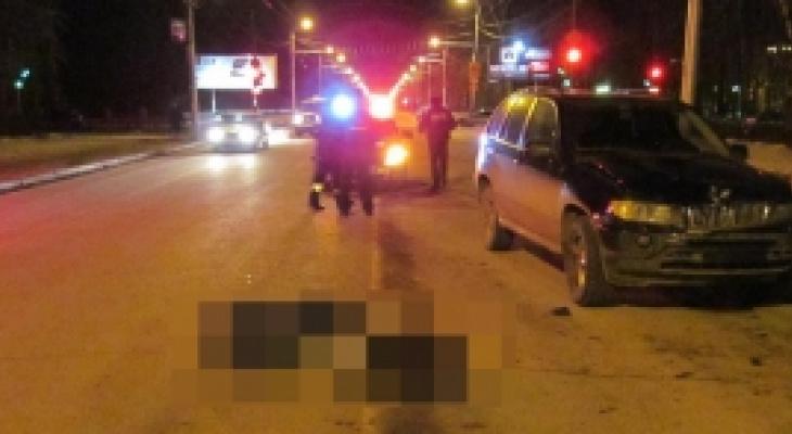 Ночью автомобиль BMW X5 сбил пешехода в Кузнецке