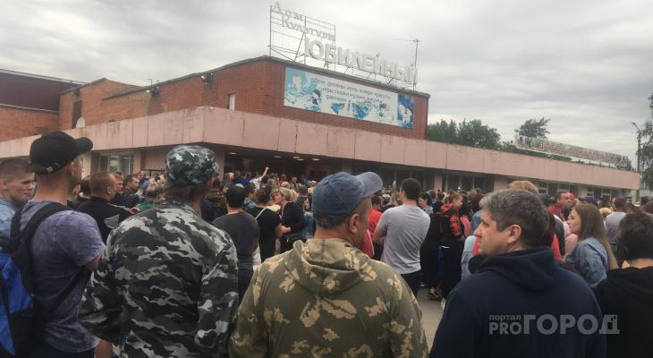 «Володю не вернуть»: жительница Чемодановки рассказала о погибшем парне