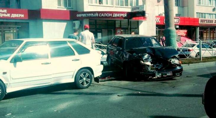 В Пензе произошла авария на улице Пушкина – видео