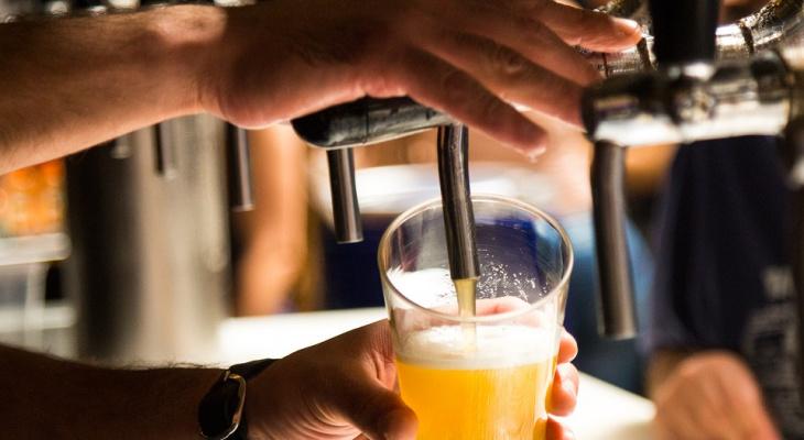 В Пензе за продажу пива 15-летнему подростку женщине грозит большой штраф и увольнение