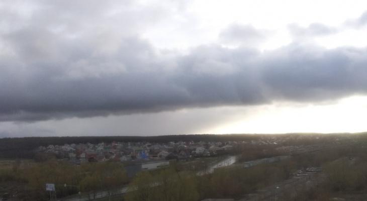 Достаем зонты: на последние дни весны синоптики прогнозируют  лютую непогоду