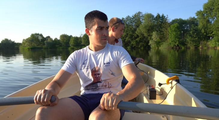 В Спутнике проверили глубину озера и решили ловить сомов