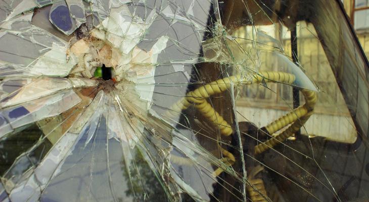 В Пензенской области водитель перевернулся в поле: пассажир скончался