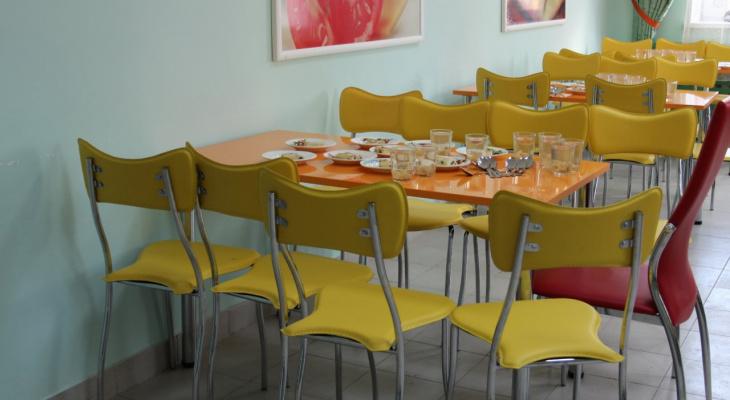 В Пензе в наказание учительница оставила детей без завтрака