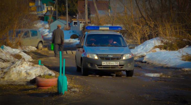 В Пензе пожилой мужчина заперся в доме и включил газ
