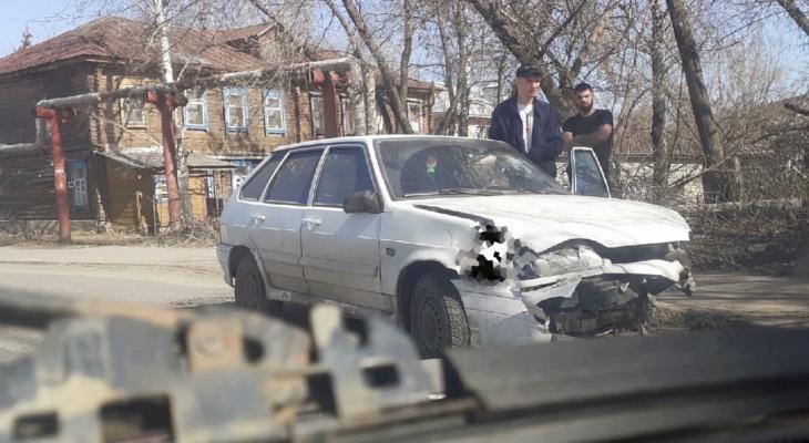 В Пензе к месту жесткой аварии на улице Металлистов прибыла полиция